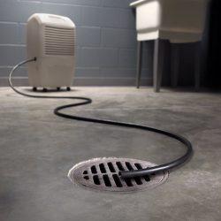 Dehumidifier drain hose: manual draining