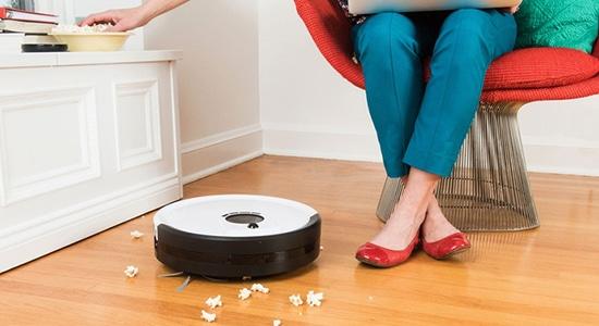 types of vacuum cleaner: Robotic vacuum cleaners